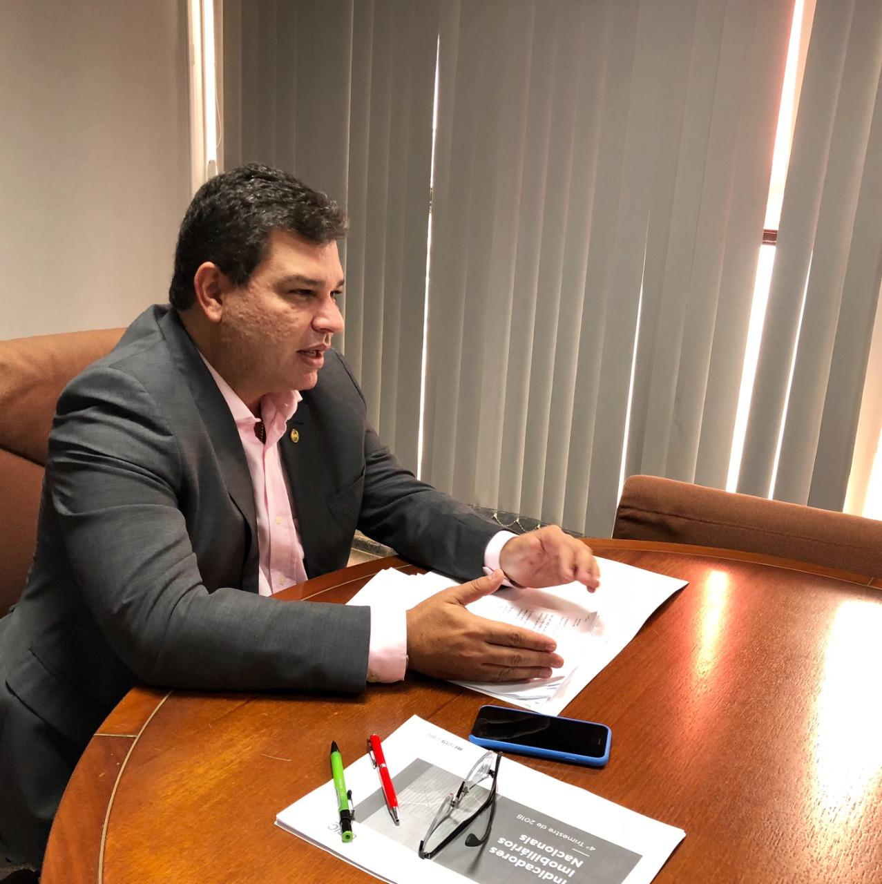 Corte no orçamento de Habitação irá paralisar obras no país